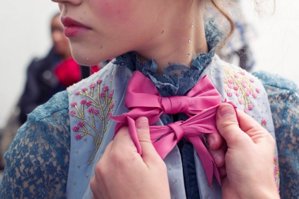 meadham-kirchhoff-rtw-ss2013-candids-09_180549471837.jpg_carousel_parties