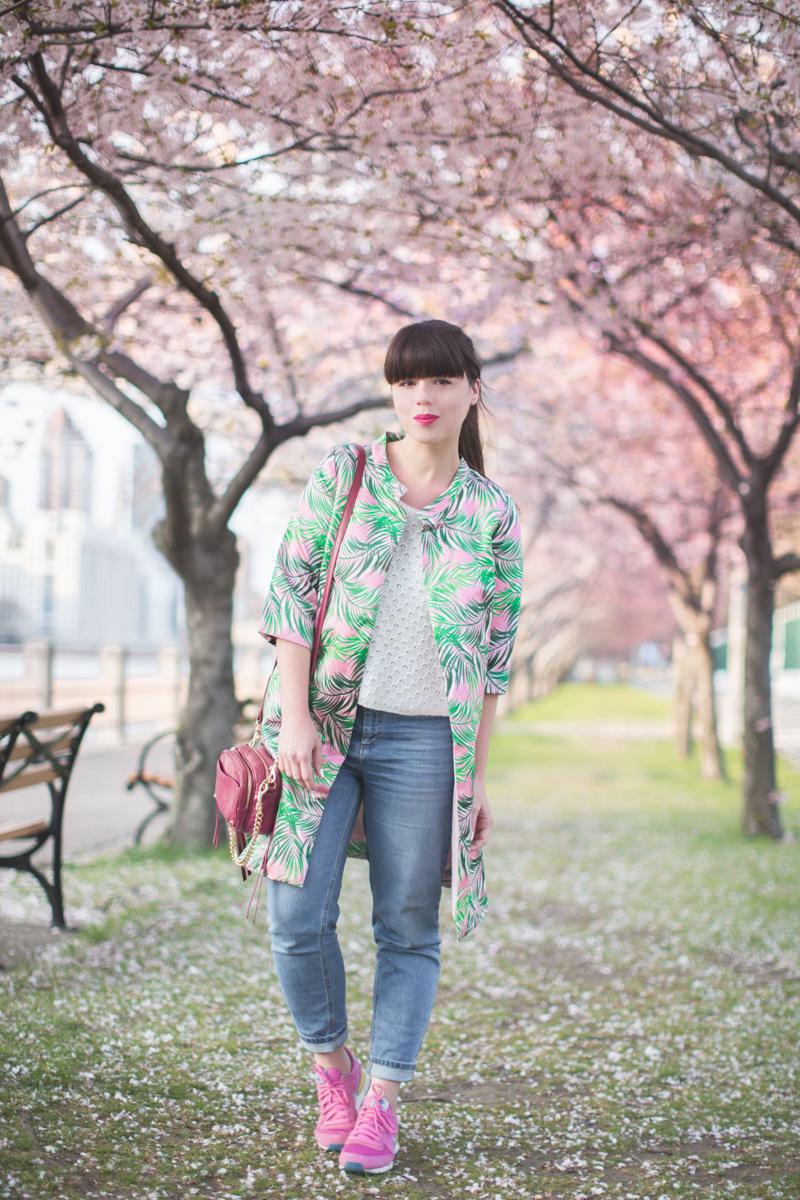 cherry-blossom-roosevelt-island-new-york-blogger-copyright-paulinefashionblog.com_-14