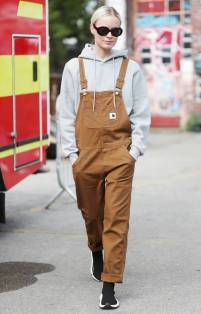 how-to-wear-overalls-238841-1507939752685-image.1200x0c